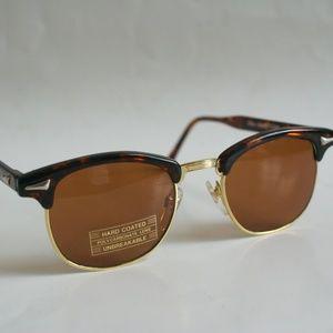 Vintage Clubmaster Soho style glass lens eyewear